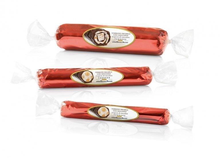 Torrone classico ricoperto di cioccolato