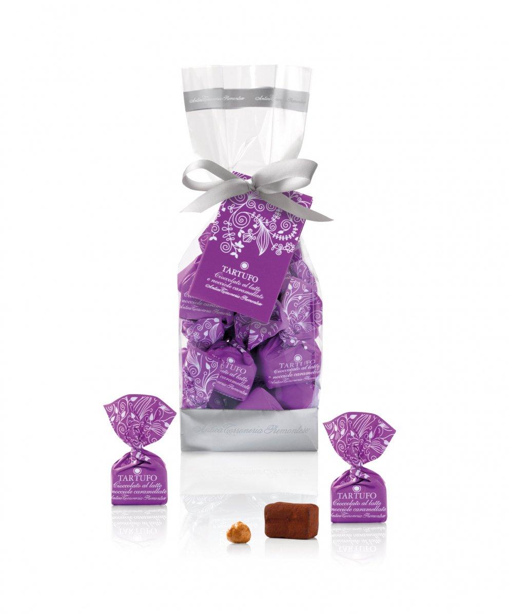 Tartufi dolci cioccolato al latte e nocciole caramellate
